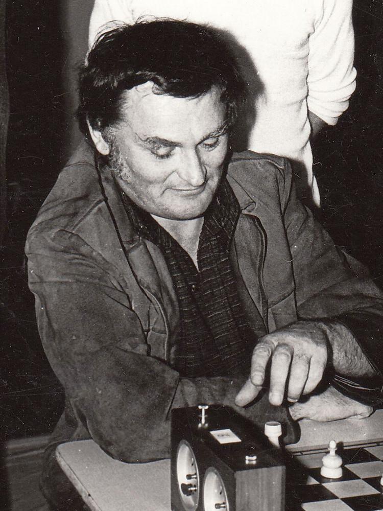 Edward Nahlik