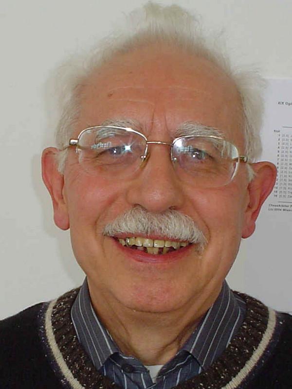 Witold Szumiło