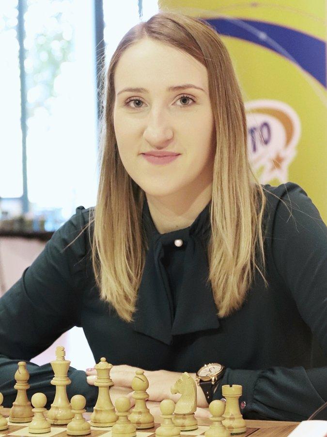 Anna Warakomska